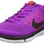 Nike Women's Flex 2015 Rn Vvd Prpl/Blk/Ht Lv/Brght Crmsn Running Shoe 9 Women US